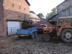Loading manure for local Horticulturalist